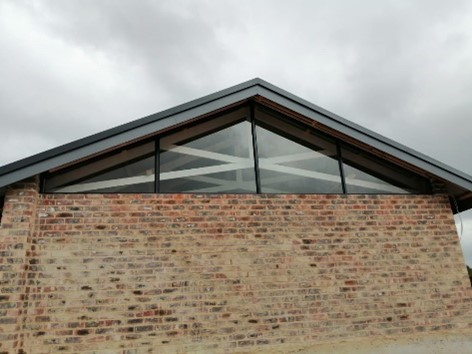 Gable Window, Charcoal, 6,38 Laminated Clear Glass
